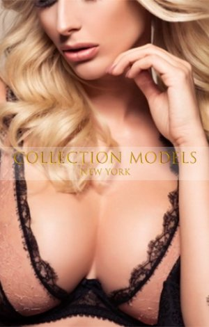 New York Escort ladies 23 y.o. blond model Lea